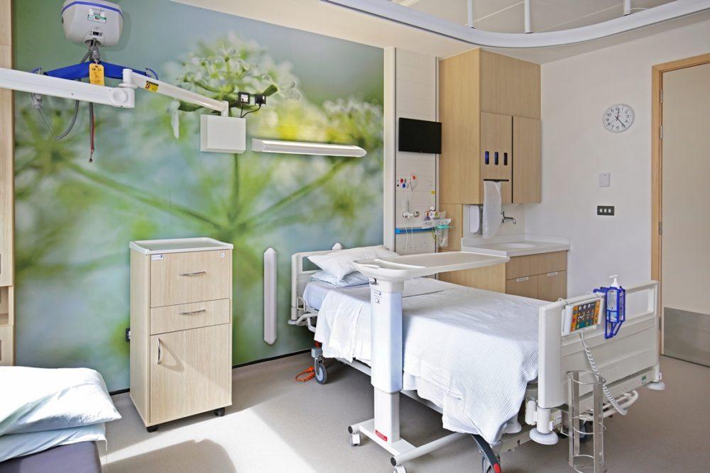 CS-Acrovyn-at-Royal-National-Orthopaedic-Hospital-45-1000x667